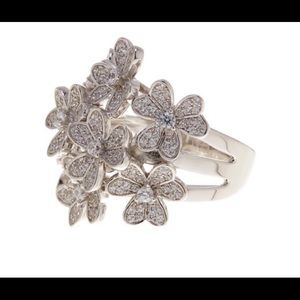 Savyy Cie sterling silver crystal bouquet ring